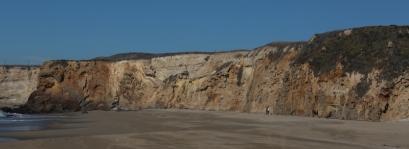 Santa Cruz (Ca): reservoir-scale exposures of sand injection features