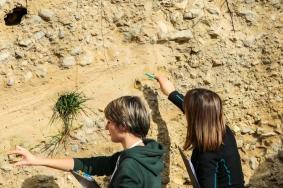 Etudes sédimentologique dans un environnement lacustre proglaciaire. La Combe d'Ain, Jura. Séquence sédimentaire d'un système deltaïque de type Gilbert